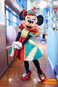 ホライズンベイレストランのスチームパン工夫新衣装のミニーマウスのグリーティング