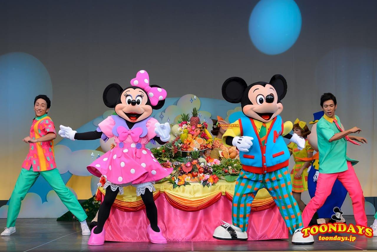 TDL トゥモローランド ショーベース パークファンパーティー ミッキー&ヒズ・パルズ~タイム・オフ ミニーマウス ミッキーマウス