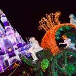 『美女と野獣』『アナと雪の女王』『シンデレラ』のフロートが追加!東京ディズニーランド・エレクトリカルパレード・ドリームライツがリニューアル