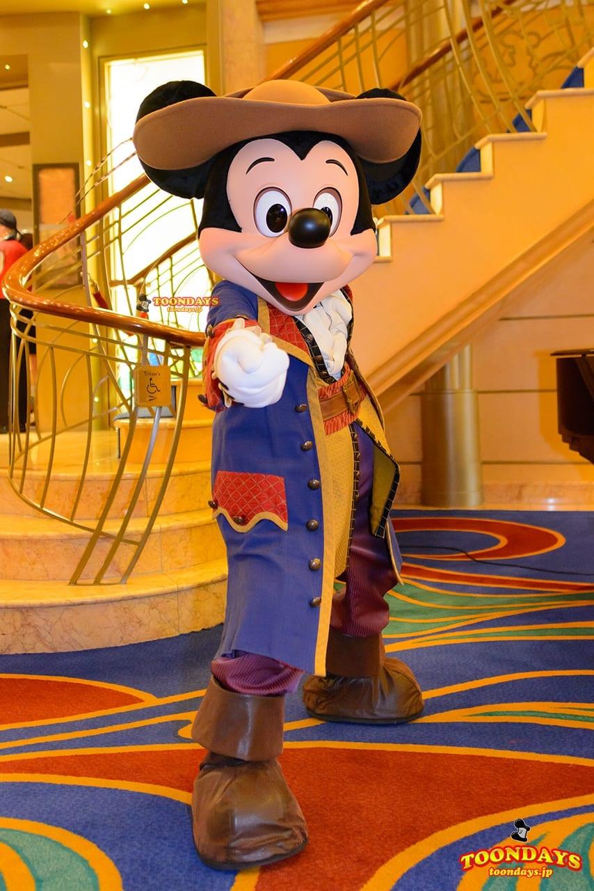 DCL ディズニー・ワンダー号 パイレーツナイト グリーティング ミッキーマウス (1)