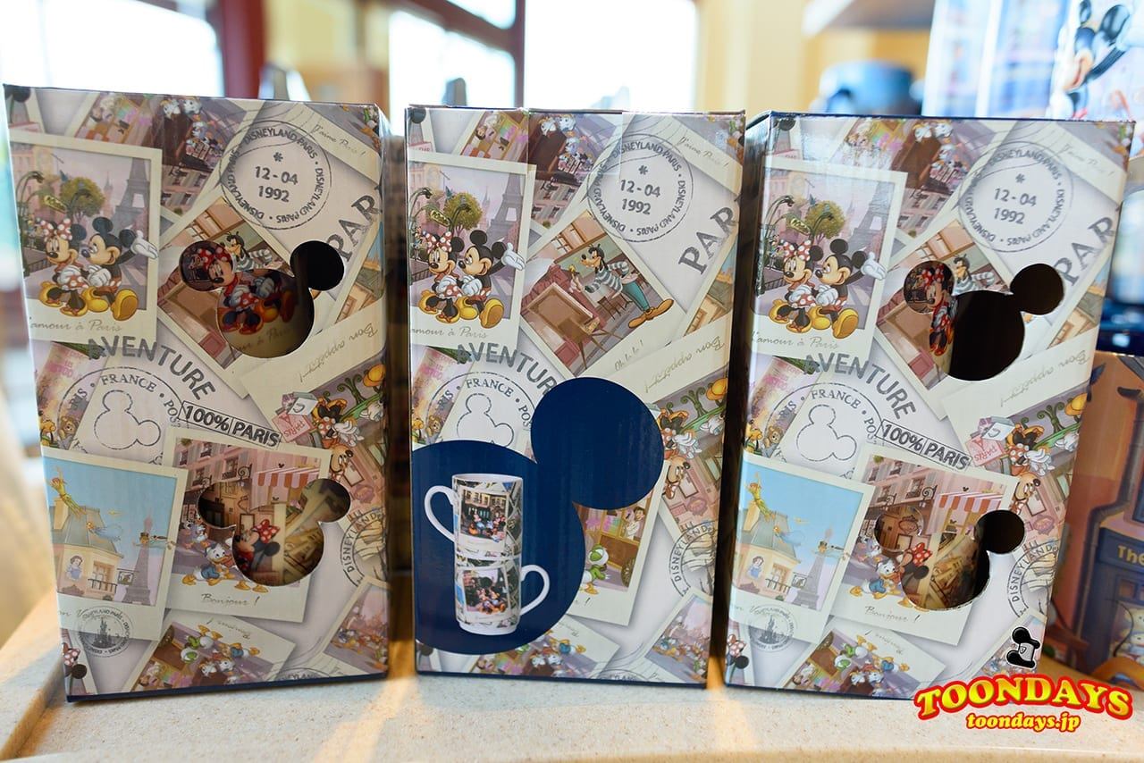 2種のディズニーランドパリのマグカップ
