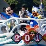 ドナルドが主役!東京ディズニーシー「ニューイヤーズ・グリーティング2017」