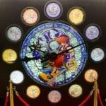 新宿『キングダム ハーツ』15周年記念「メモリアルステンドグラスクロック」