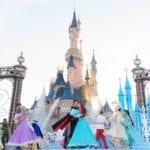 プリンセスの仮面舞踏会!ディズニーランドパリ25周年ショー「ザ・スターリット・プリンセス・ワルツ」