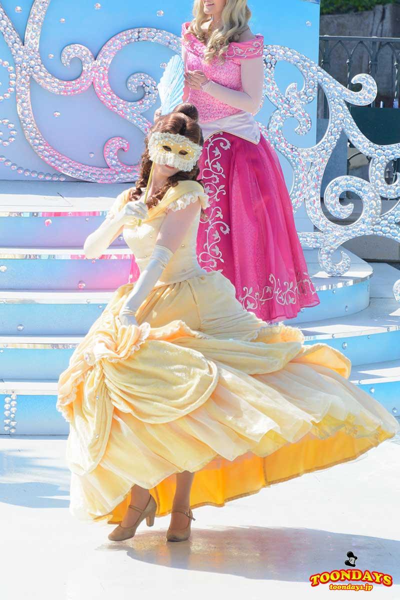 ザ・スターリット・プリンセス・ワルツのベル