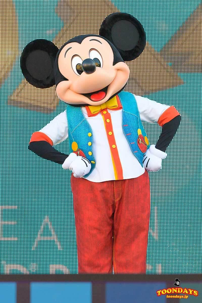 Disney FanDazeコスチュームのミッキーマウス