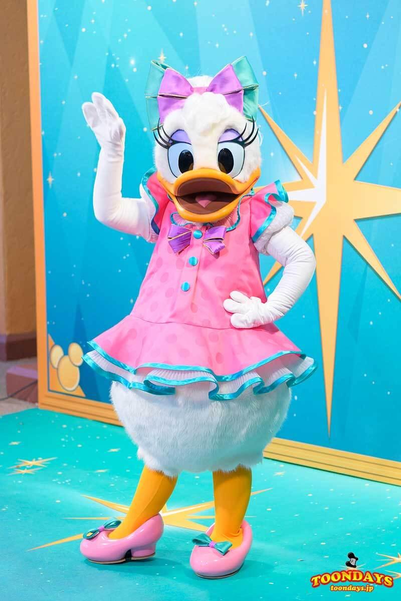 Disney FanDazeコスチュームのデイジーダック
