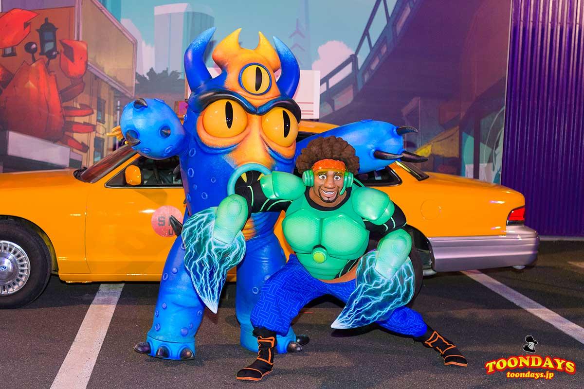 『ベイマックス』のヒーローコスチュームのワサビとフレッド