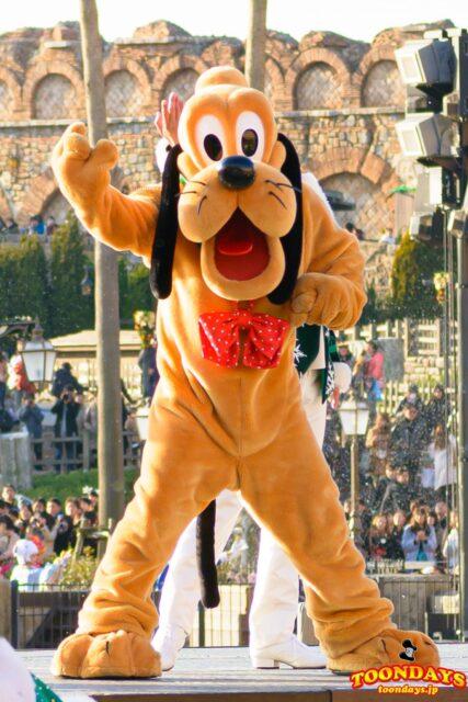 ミッキーの愛犬のキャラクターのプルート