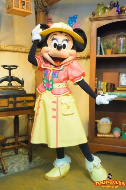 ミッキー&フレンズ・グリーティングトレイルのミニーマウス
