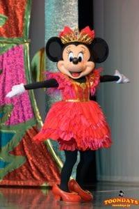 『イッツ・ベリー・ミニー!』で 『ミニー・オー!ミニー』衣装で登場したミニーマウス