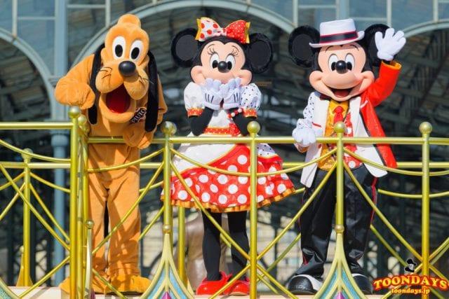 イッツ・ベリー・ミニー!のミッキーマウス、ミニーマウス、プルート