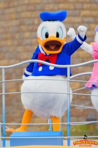ドナルドダックはディズニーのあひるキャラクター