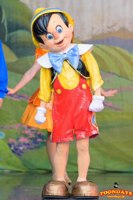 ワンマンズ・ドリームⅡ - ザ・マジック・リブズ・オンに出演するピノキオ
