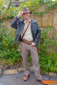 ロストリバーデルタのフリーグリーティングのインディ・ジョーンズ(冬服)