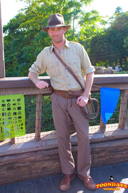 ロストリバーデルタのフリーグリーティングのインディ・ジョーンズ(夏服)