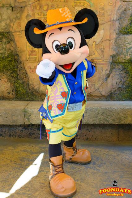 ミッキー&フレンズ・グリーティングトレイルのミッキーマウス