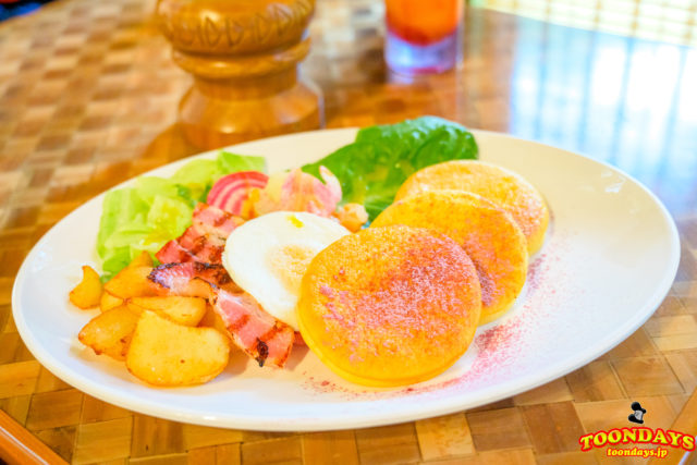 ポリネシアンテラス・レストランのランチパンケーキ・ドリンクセット1